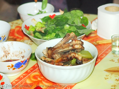 dog meat dish -  dog paws with veggies and salad - thịt chó - vietnam, cooked dog, cooked paws, dead dog, dinner, dish, dog paws, food dog, meat, vietnam